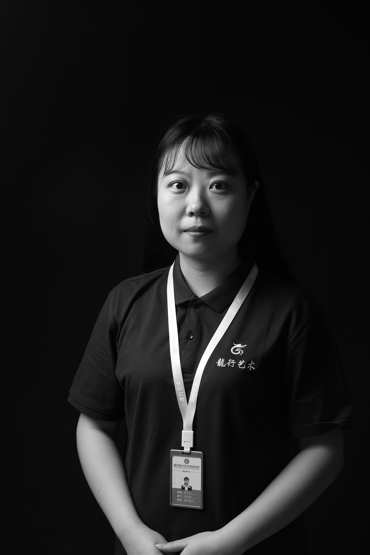 重庆美术培训画室老师-周小莺