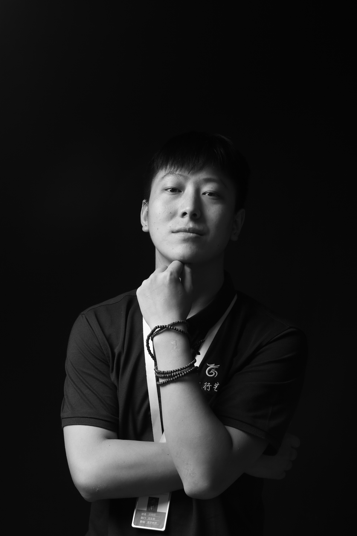 重庆美术培训画室老师-伍辑伦
