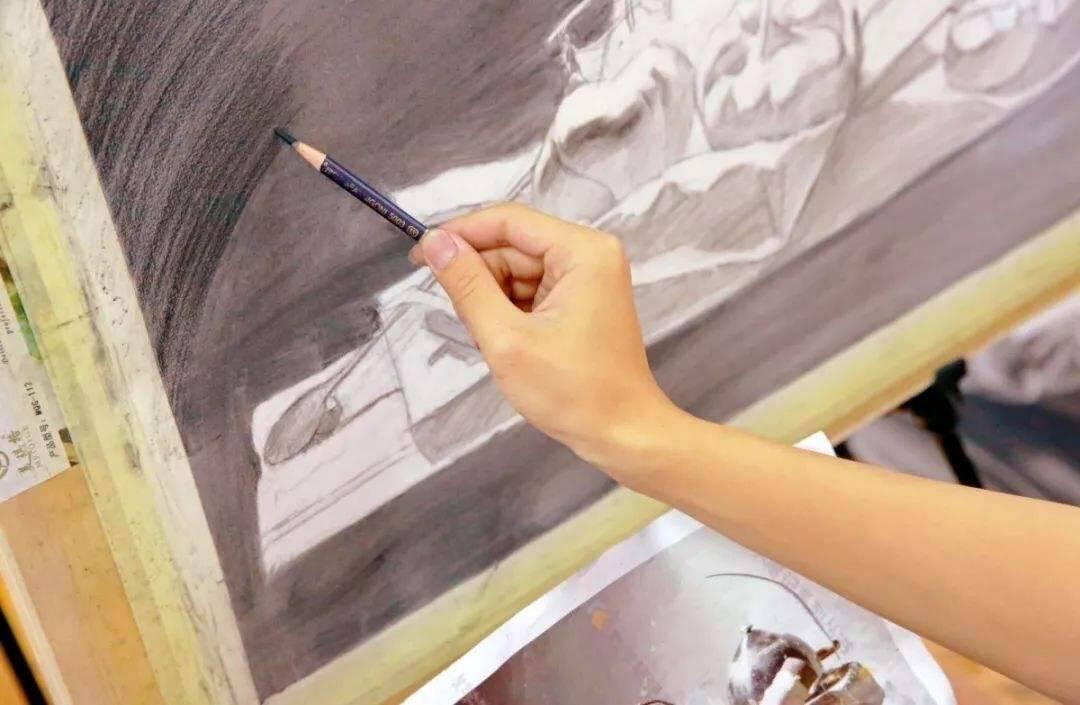 重庆美术培训:艺考中,这些即评禁忌可能会阻挡你的脚步!