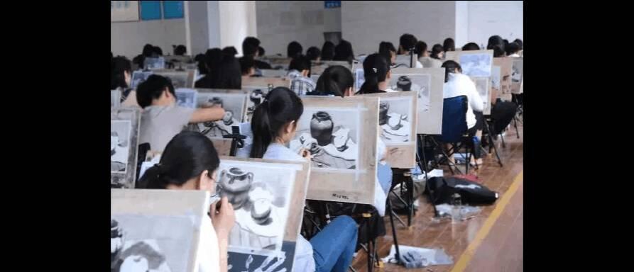 重庆美术集训,重庆十大画室02