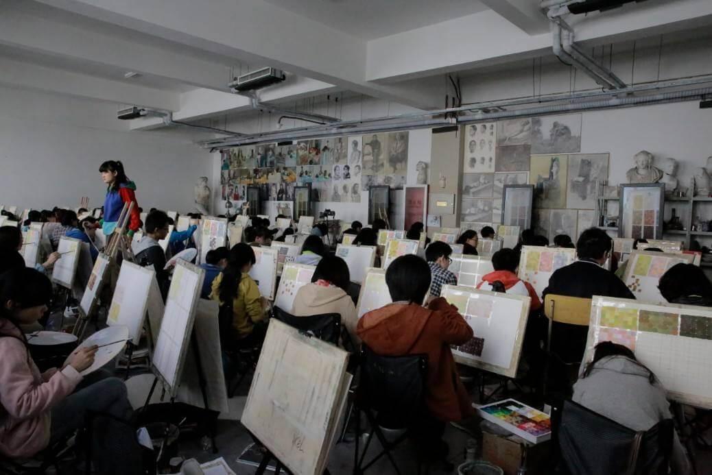 重庆美术培训画室艺考生心声:艺术生文化要求低?只有艺术生才知道的难题!