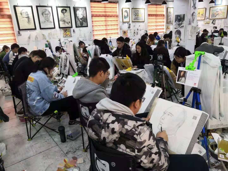 看重庆美术培训画室美术生,学绘画过程中走过的弯路