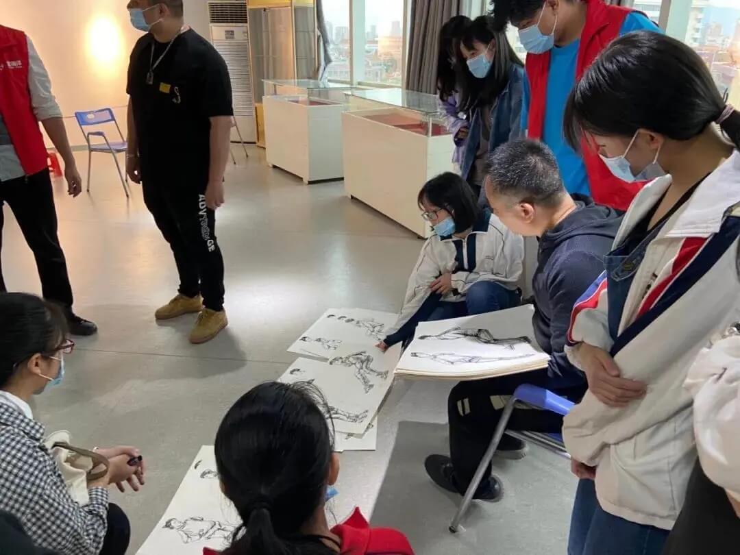 重庆美术集训画室收集了艺考期间的20个小技巧,不容错过!